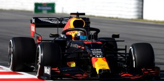 Red Bull Racing Alexander Albon (1)